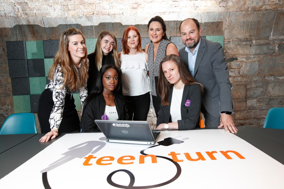 *** NO REPRODUCTION FEE *** DUBLIN : Pictured (l-r) were mentors Ciara Tunstead, Rachel Tully and James Milligan from Hays Recruitment with students from Mount Carmel, Kings Inn Street Evelyn Kennedy, Ar-raiyan Adesanya and Klaudia Nawrot . Picture Conor McCabe Photography.